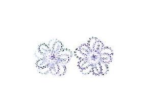 Pretty-silver-tone-daisy-stud-earrings-50s-60s-70s-retro