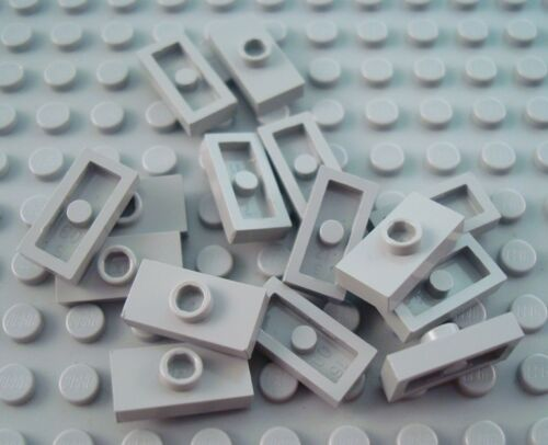 LEGO Lot of 15 Light Gray 1x2 Plates with 1 Stud