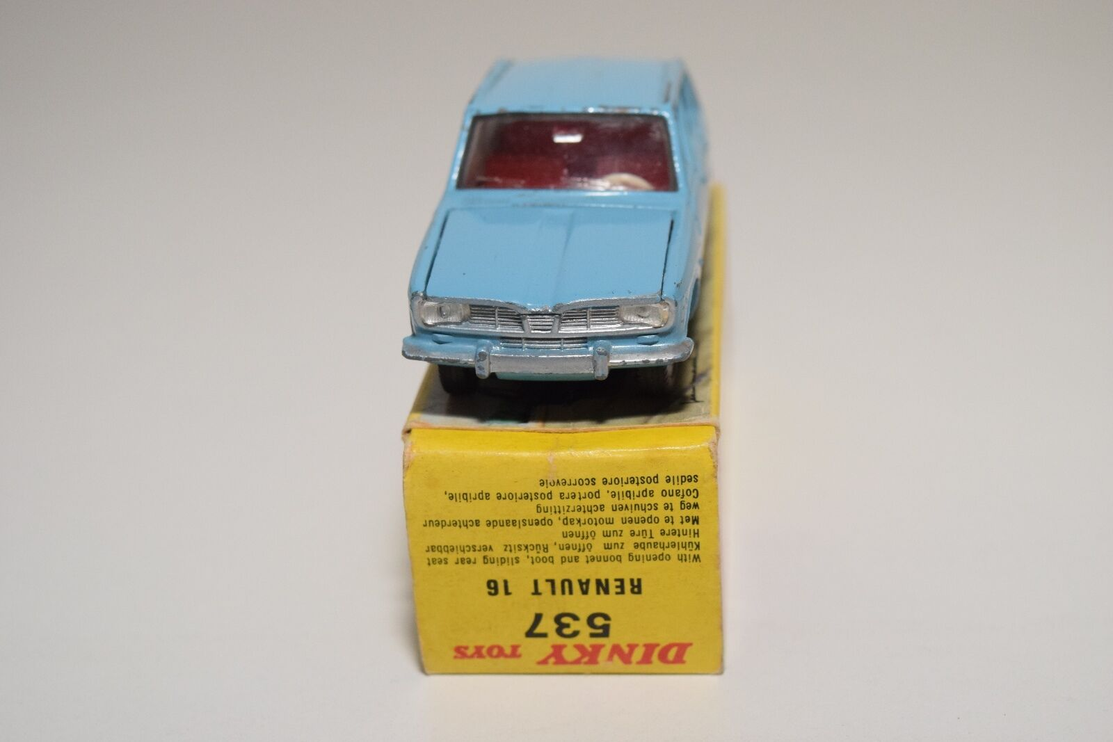 F F F DINKY TOYS 537 RENAULT 16 LIGHT blueE EXCELLENT BOXED 0f46f5