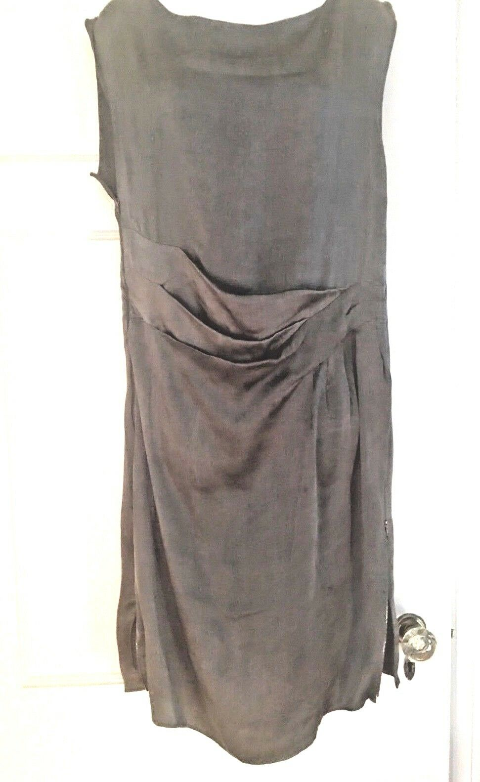 Maison Margiela 6 , grey silk dress,  knee length, cap sleeve, size 44 8