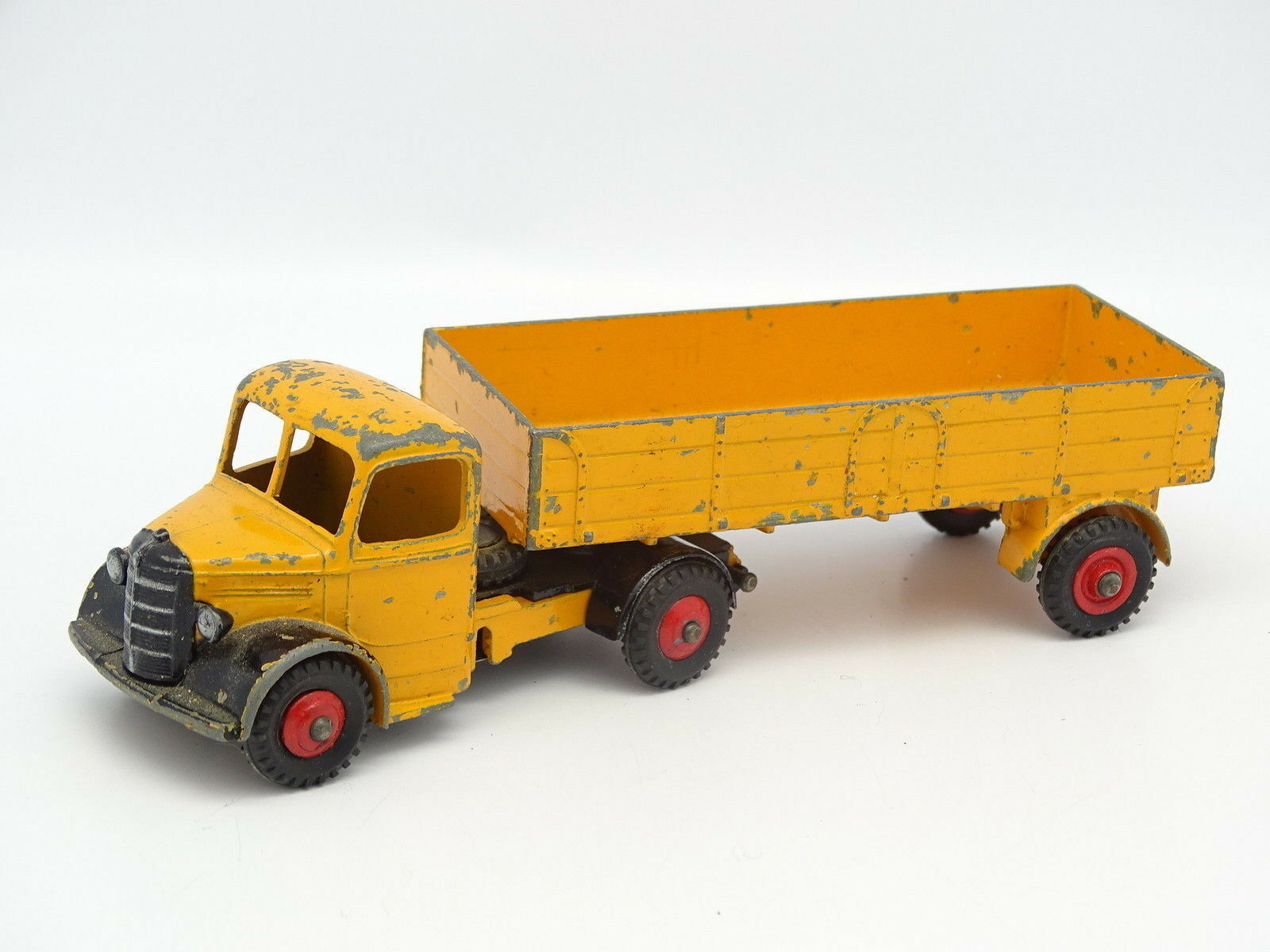 Dinky Toys GB 1 43 - Bedford con Remolque yellow