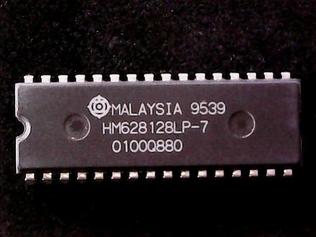 HM628128LP-7 - Hitachi CMOS SRAM, 128KX8, 70ns (DIP-32) GENUINE