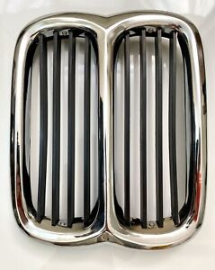 BMW-E10-02-02er-2002-tii-Niere-Centre-Grille-51131826675-Center-Grill