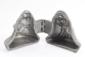 Vintage-E-amp-Co-NY-Pewter-Ice-Cream-Mold-1019-Cupid-Shooting-Arrow-Bell-V36