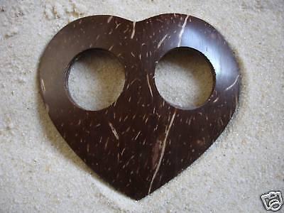 Coconut Shell Heart Sarong Tie