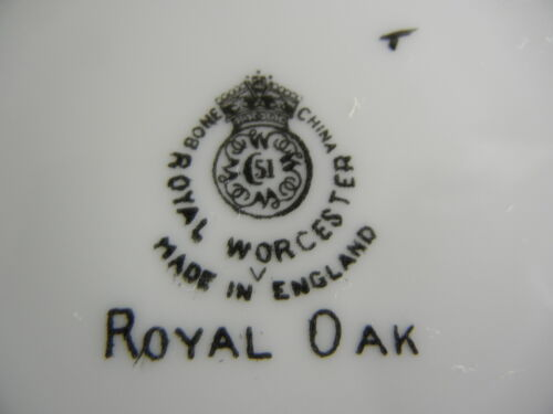 Royal Worcester Royal Oak Z2096//1 Cup and Saucer Set s