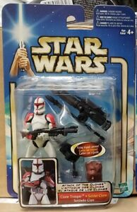 """Star Wars - Attack of the Clones: Clone Trooper (Red) 3.75"""" Figure"""