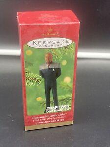 Hallmark 2001 Star Trek DS9 CAPTAIN BENJAMIN SISKO Keepsake Ornament  NEW
