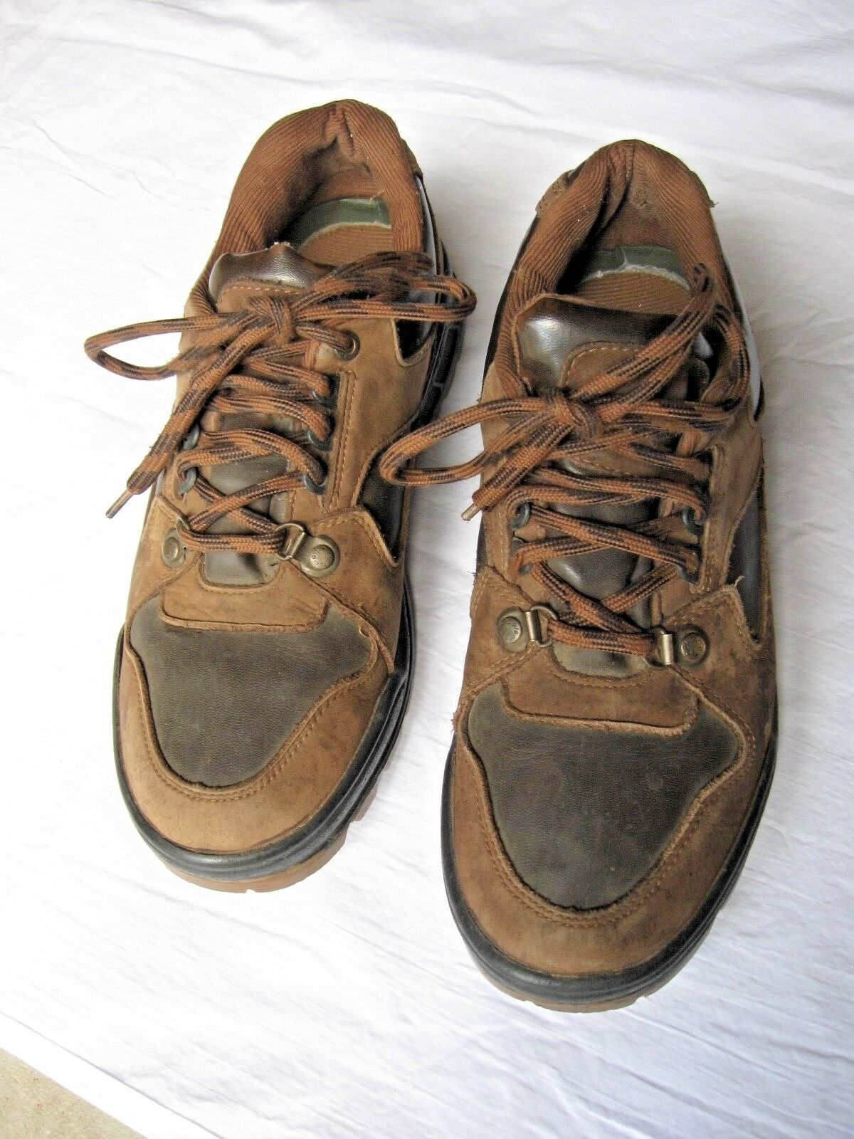 Pair Men's Shoes Dry -  Coleman Walk Dry Shoes - Size 9 a22ecc