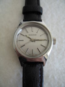 NOS-NEW-VINTAGE-NIDOR-REVUE-SWISS-MADE-WATCH-1960-039-S