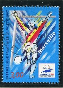 TIMBRE-FRANCE-OBLITERE-N-3075-FRANCE-98-FOOTBALL