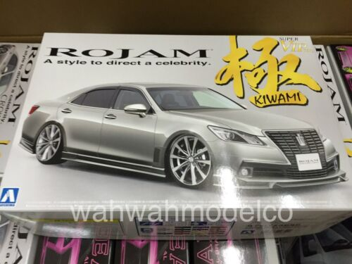 Aoshima 08522 Rojam 21 Toyota Crown Royal Saloon Kiwami 124 scale kit