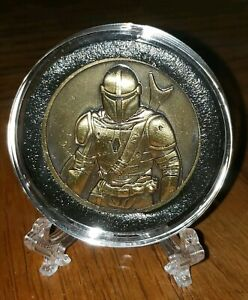 STAR-WARS-THE-RISE-OF-SKYWALKER-034-MANDALORIAN-034-COPPER-39MM-COIN-w-STAND-MINT-NEW