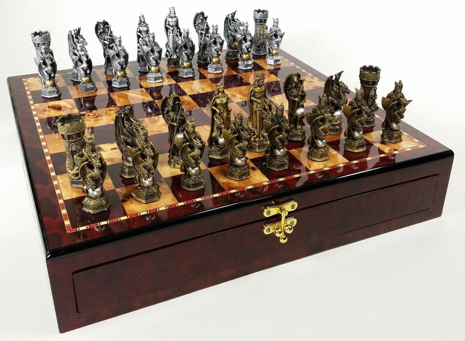 MEDIEVAL TIMES re ARTHUR Dragon fantasyc Chess Set Cherry Coloreeee STORAGE tavola