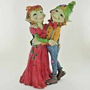Details About Pixie Wedding Couple Ornament Green Garden Home Decor Fun Quirky Gift 39263