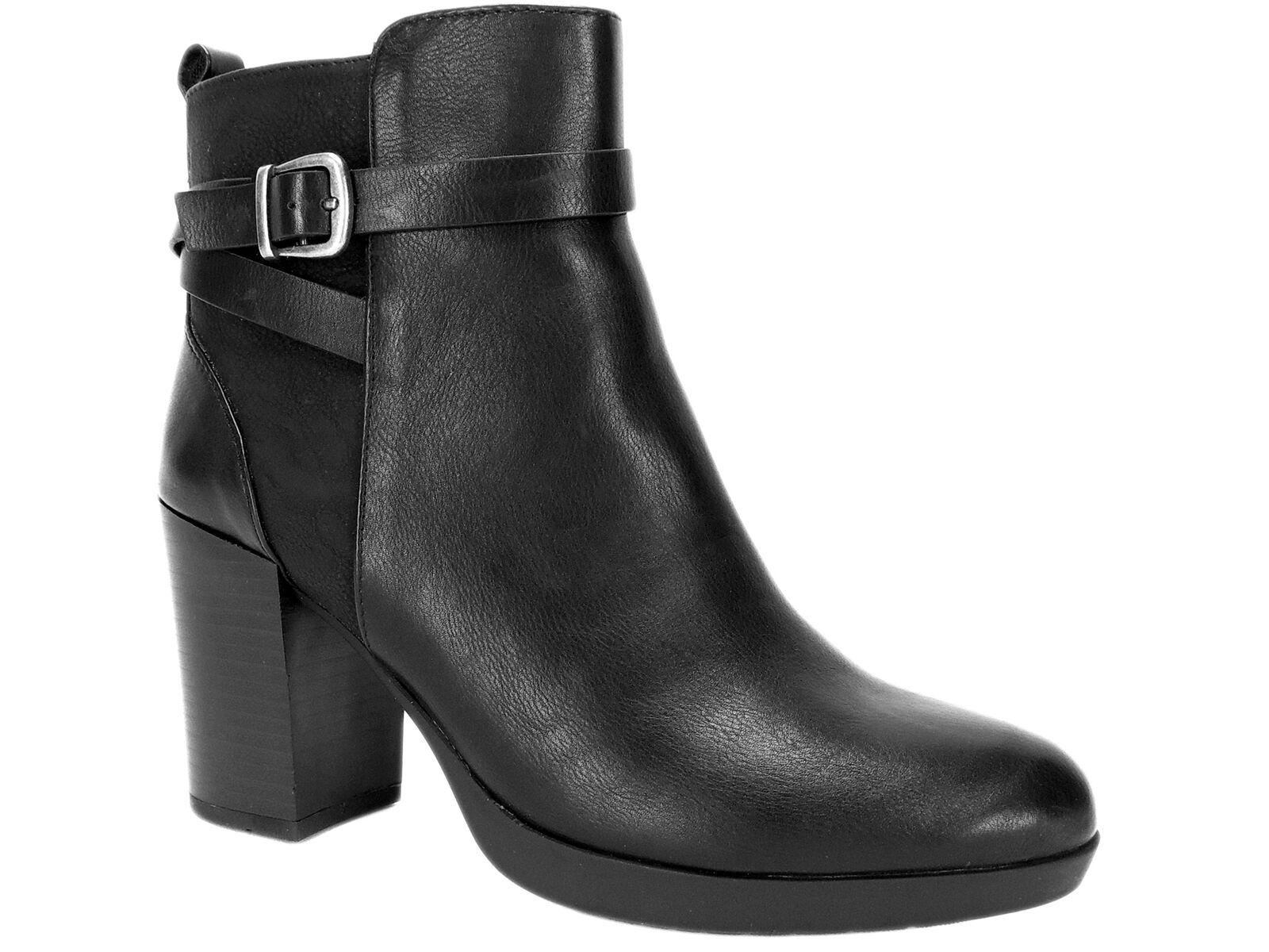 White Mountain Women's Cayden Block Heel Booties Black Size 7.5 M
