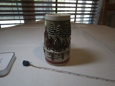 1984 Limited edition hitch passing Mug Budweiser Christmas Beer Stein Clydesdal