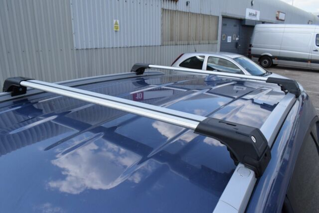 ANTI THEFT ALUMINIUM CROSS BAR RACK 75 KG LOADING BLACK KIA SORENTO 2015