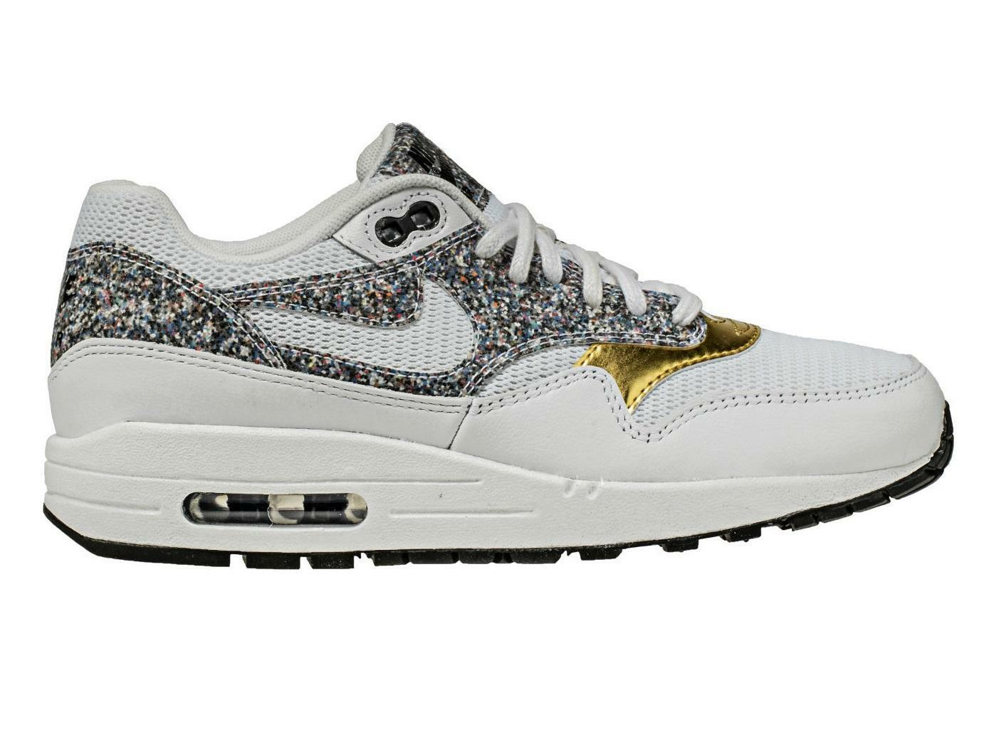 Womens NIKE AIR MAX 1 SE White Trainers 881101 100