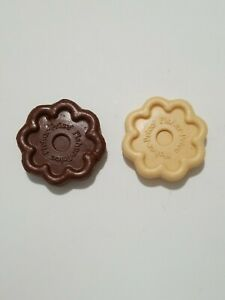"""Vintage Fisher Price  """"Fun With Food"""" Play Set Of 2 Cookies Chocolate & Vanilla"""