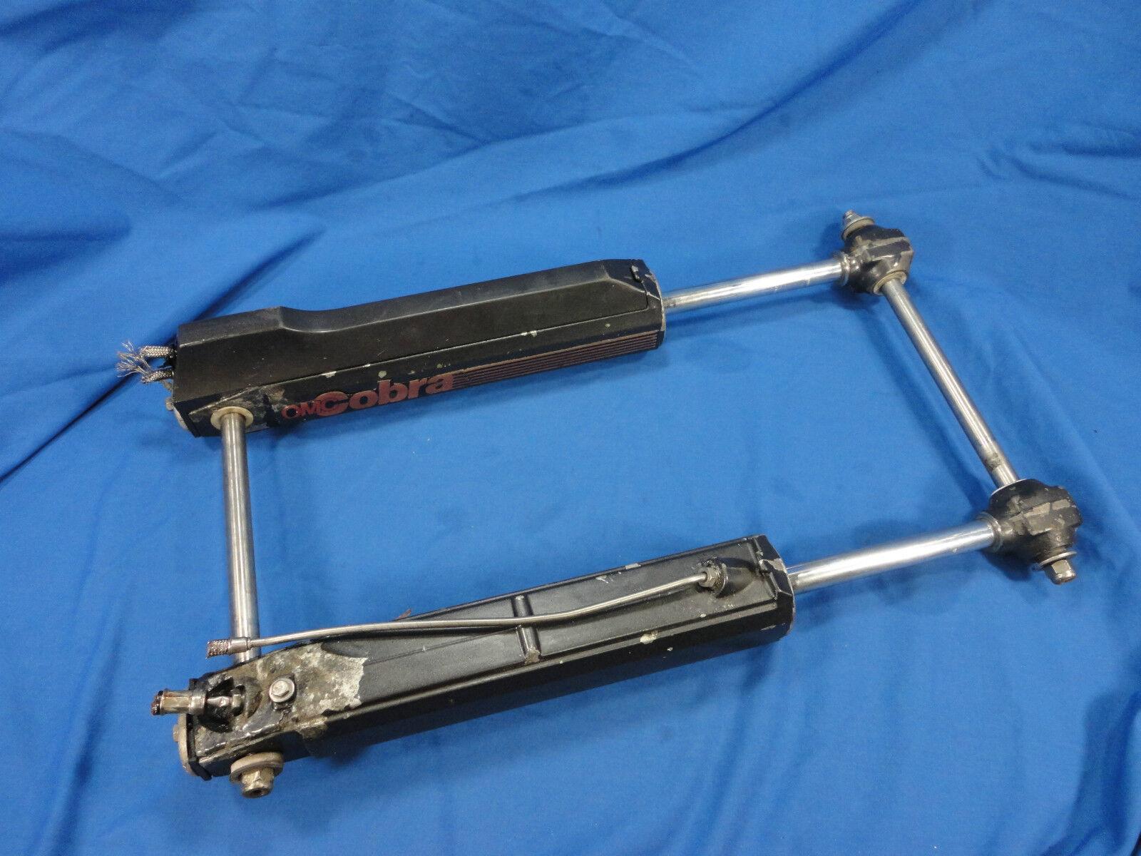 1984 - 1985 Omc Cobra 3.0 L Zylinder & Gabelkopf Assy Pn : 0983735
