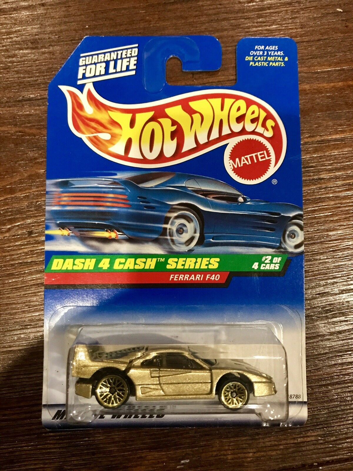 Hotwheels Ferrari F40 or Dash 4 Cash no tampos variation MATTEL RARE erreur