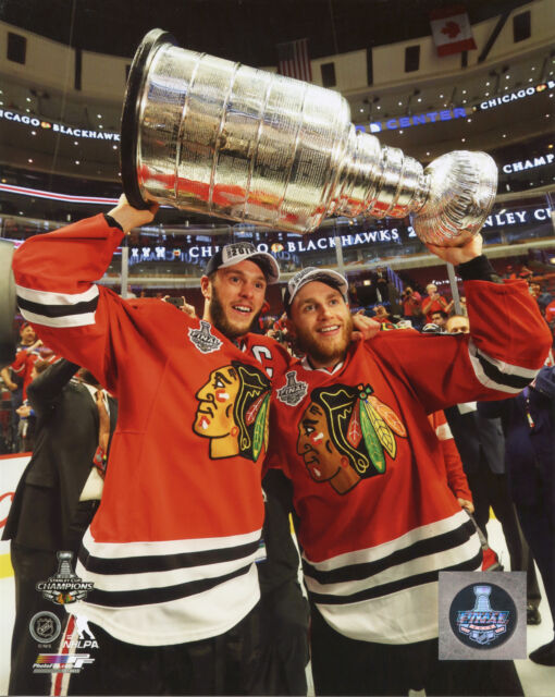 patrick kane jonathan toews 2015 chicago blackhawks stanley cup 8x10