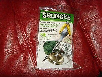 NEW Deluxe Squngee Squirrel Feeder Bungee Jumper Songbird Essentials outdoor fun | eBay