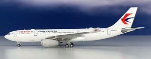 NG-61017-China-Eastern-Airlines-Airbus-A330-200-B-5903-Diecast-1-400-Jet-Model