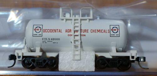 Rd #42000 Atlas N #50001857 Occidental Chemical 28/' Beer Can Tank Car