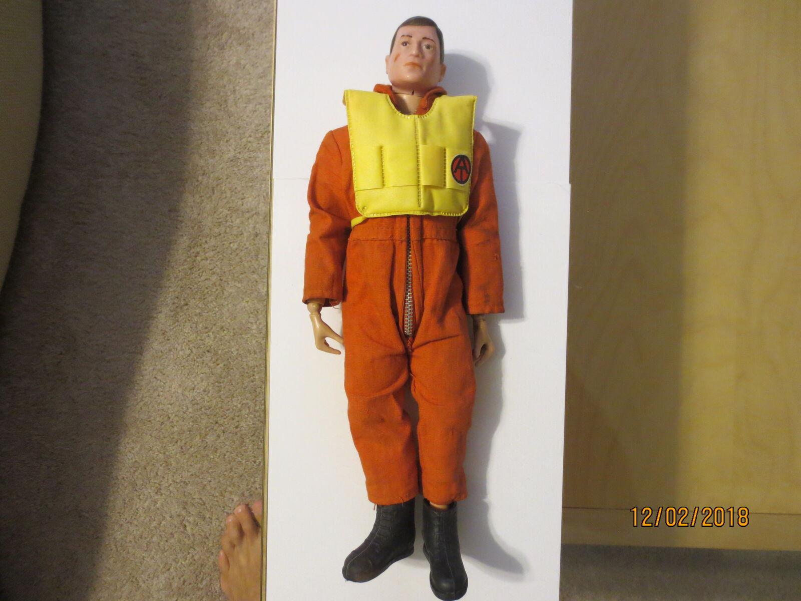 Rare Original Original Original 1964 GI JOE Fighter pilot figure w orange jumpsuit and life vest b5fecd