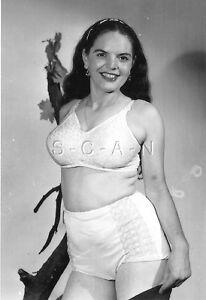 Risqué Garter Panties 1940s-60s Bra 4 x 6 Repro Risque