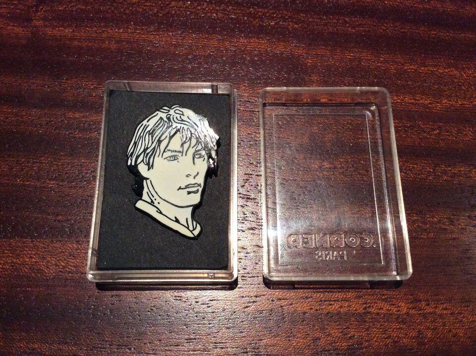 Badges, Milo Manara - Originale Corner Pins