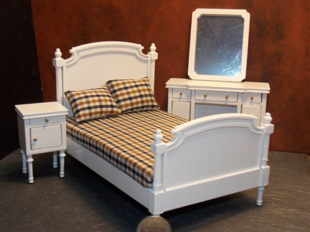 Aztec 1 Scale Dollhouse Bedroom Furniture Double Bed Set White 4