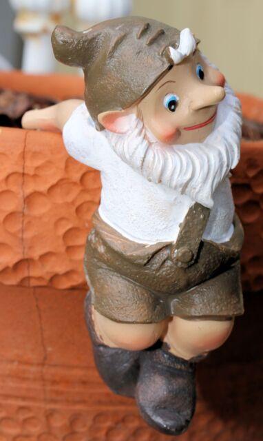 POT SITTER Garden Gnome Novelty Hanging Gnomes Flower Pot Decoration 90 MM*