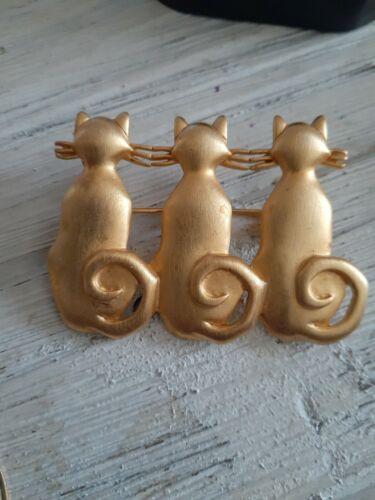 Comfy Kitty Cat Love Earrings Vintage Signed Brushed Gold Post Earrings US Made JJ Jonette