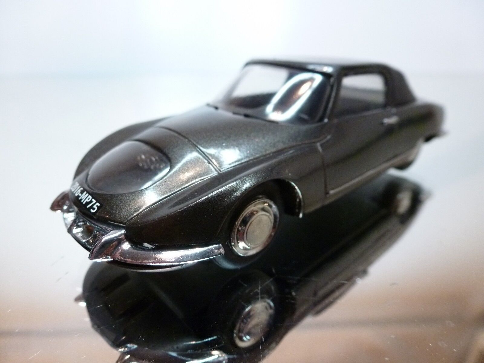 VROOM  128 CITROEN DS ProssoOTYPE S 1965 - ANTHRACITE 1 43 - EXCELLENT 13