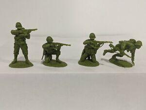 Conte-WWII-U-S-GI-039-S-Bloody-Omaha-4-Figures-Light-Medium-Green-Color-1-32-B