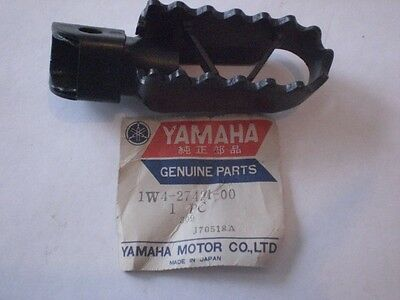 YAMAHA NEW CRANKCASE COVER GASKET 1W1-15455-00 YZ IT MX 100 125 175 DISCONTINUED