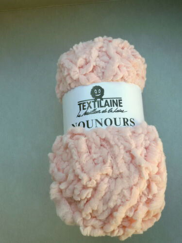 pelotes de laine nounours hyper douces couleur rose tendre