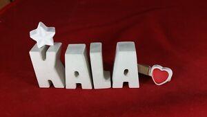 Beton-Steinguss-Buchstaben-3D-Deko-Namen-KALA-als-Geschenk-verpackt