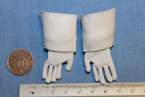 DID DRAGON IN DREAMS 1//6TH SCALE NAPOLEONIC FRENCH DRAGOON WHITE GLOVES HERVE