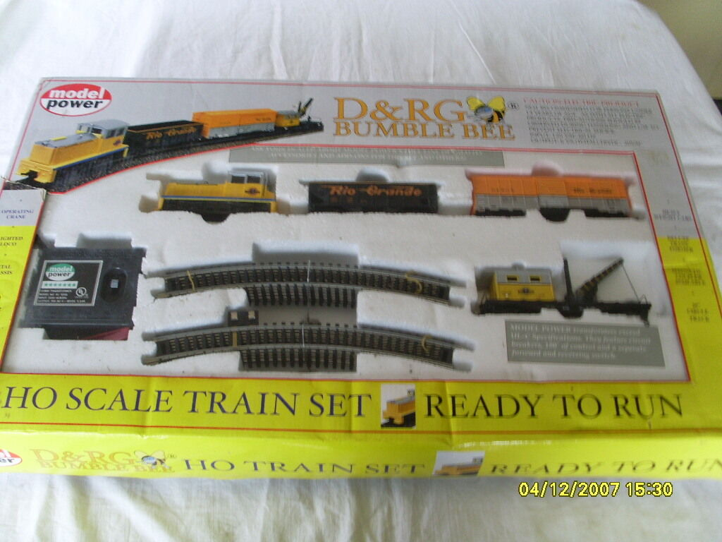 MODEL POWER HO SCALE READY-TO-RUN ELECTRIC TRAIN SET D&RG BUMBLE BEE