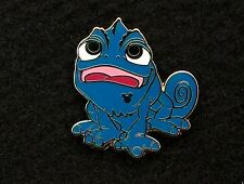 Disney Trading Pin Hidden Mickey 2014 Wave Blue Colorful Pascal Tangled 99881