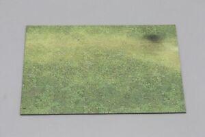 THOMAS-GUNN-MAT007-Small-Grass-Display-Base-Mat