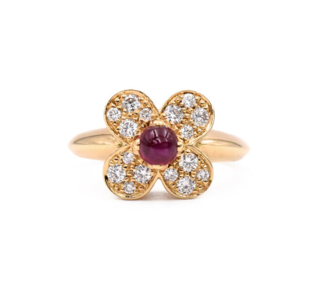 9d2629a5125ca Van Cleef   Arpels 18k Yellow Gold Diamond Flower Ring for sale ...