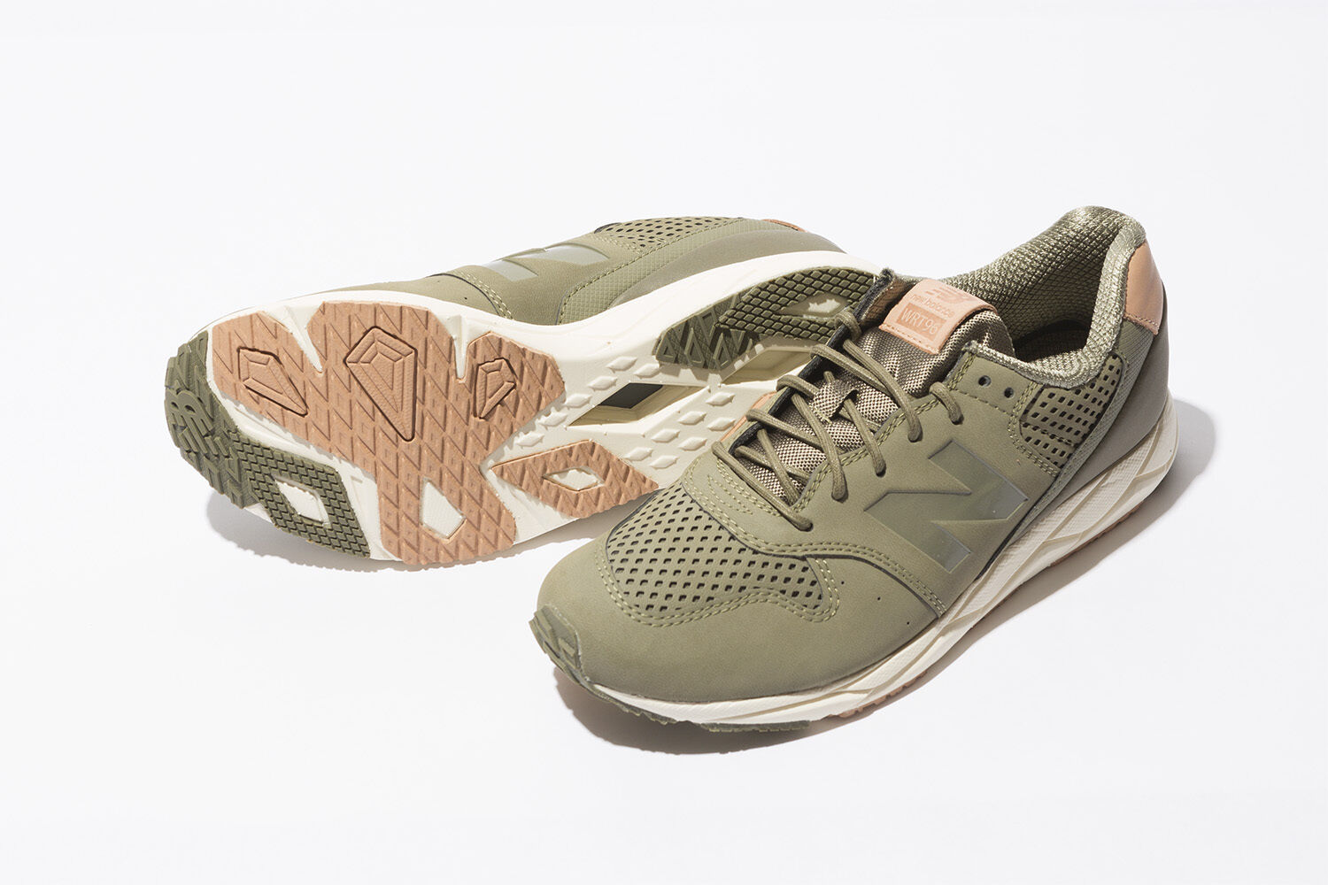 NEW BALANCE WOMEN CLASSICS WRT96TNA ARMY OLIVE GREEN Lifestyles Sneakers 5 - 9