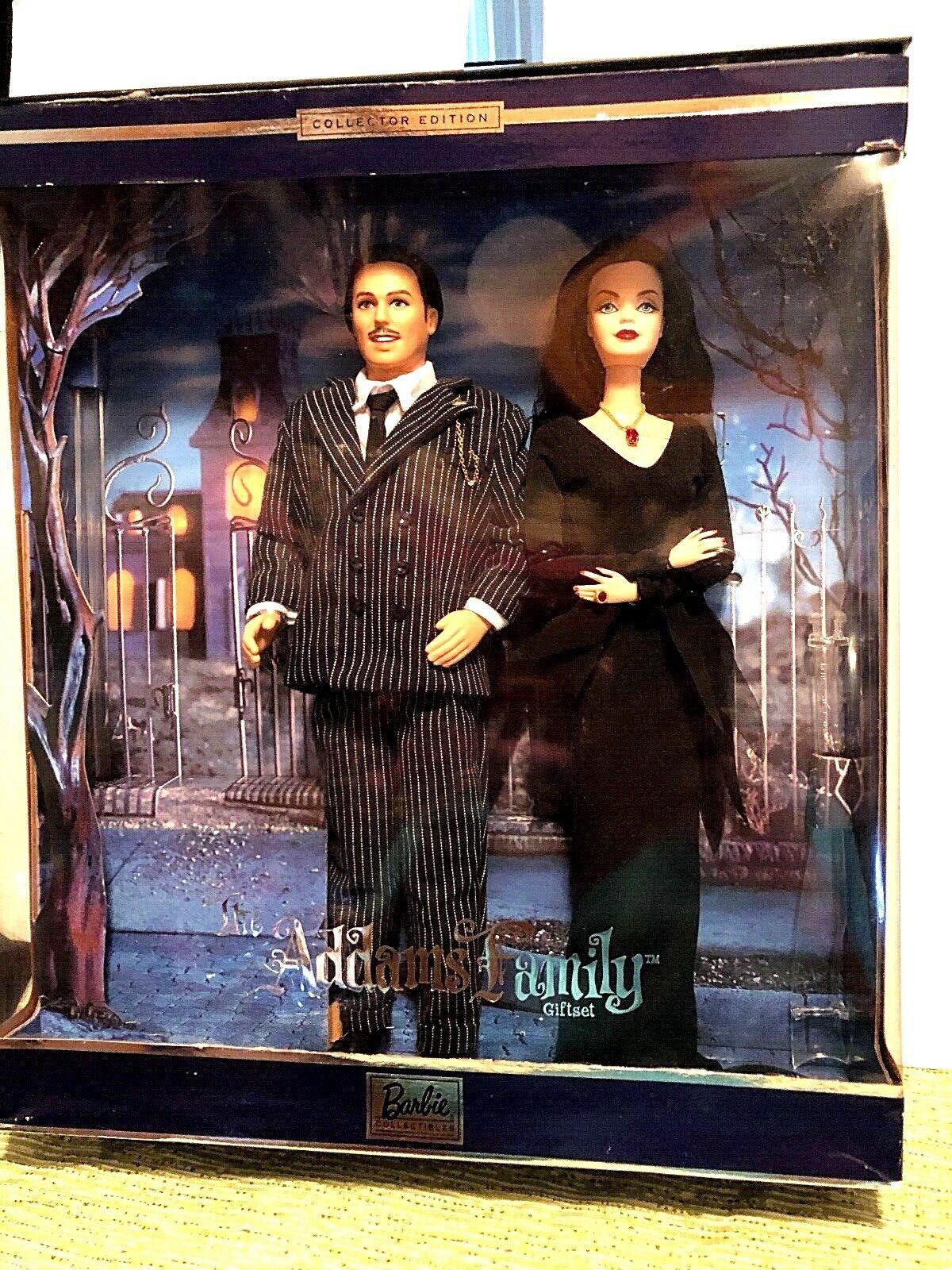Barbie La familia Adams. 2000 Conjunto de coleccionista.