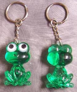 Novelty Key Ring colored acrylic Bug Eyed Frog green NEW