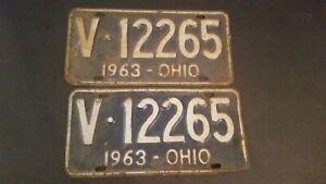 Vintage-1963-Ohio-License-Plate-Pair-Blue-and-White-V12265